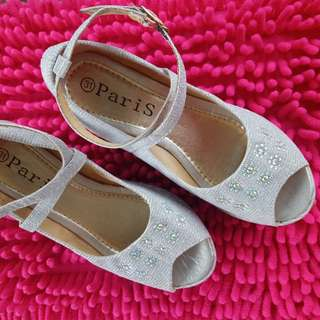 Silver sandals size 31