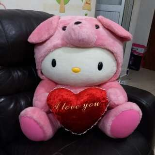 超抵價 巨型 正版 Hello Kitty 扮熊仔 手抱心心 I Love You 大公仔