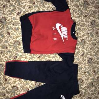 Unisex 24 months Nike Tracksuit