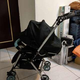 愛普力卡 Aprica Laura 639雙向嬰幼兒手推車