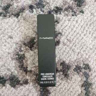 Brand New MAC Pro Longwear Concealer NC25