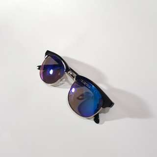 Kacamata / sunglasses H&M