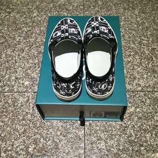 耶誕假期:特價Daniel Wong設計師休閒鞋