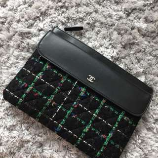Chanel Latest o Case medium Size