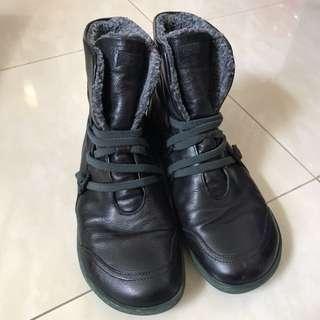 Camper真皮保暖boots (黑色)
