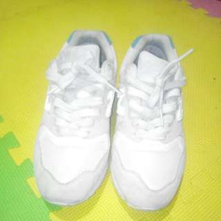For sale new balance running shoes