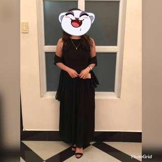 Long black dress (backless)