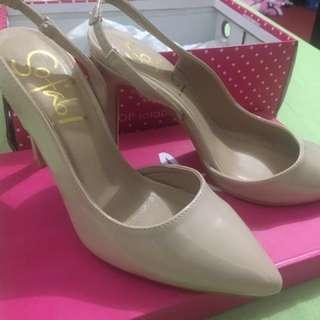 So fab shoes (beige)