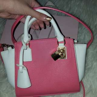 Mini Bag by Samantha Thavasa