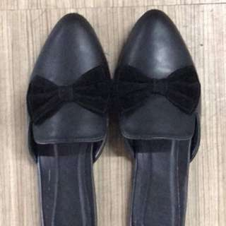 Black mules with ribbon