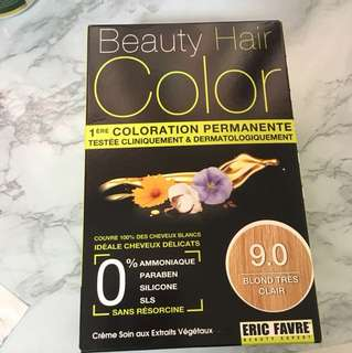 Beauty hair color by Eric favre in 9.0 blonde tres clair