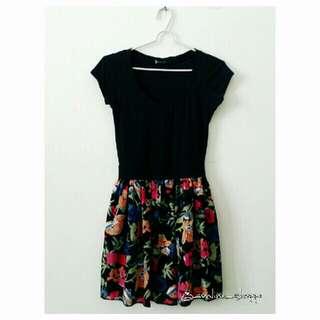 Pretty Floral Print Black Dress