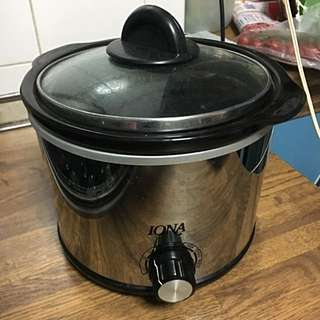 IONA SLOW COOKER (NEW)
