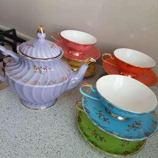 T2 full tea set incl teapot!