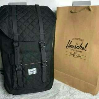 Herschel 23.5L