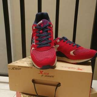 Sepatu Kasual Xtep handcarry dari hongkong