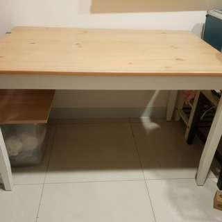 IKEA松木四人餐桌