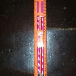 Set !pencil(2)eracer #ruler #sharpener