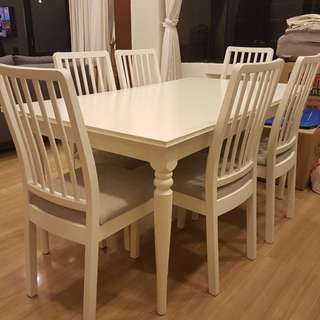 New Extendable dining table + 6 chairs