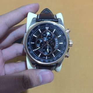 Jam Gc Guess Collection