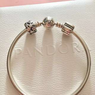 Pandora Bangle with charm, 100%Real, 99%New