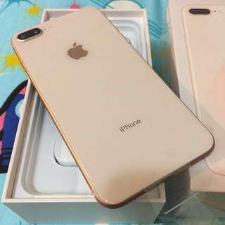iPhone 8plus 256 金色