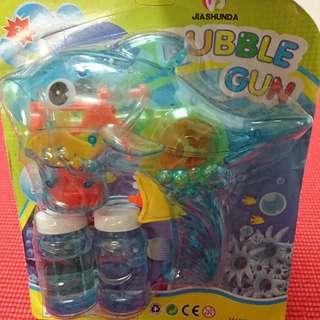 [全新] 手動泡泡槍 藍色透明海豚 附兩瓶肥皂水