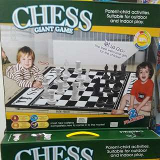 CHESS GIANT GAME