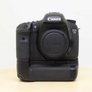 Canon EOS 7D Body With Battery Grip