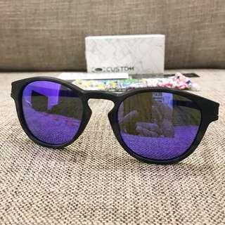 Oakley™️ LATCH Custom (Matte Grey Black Camo/Violet Iridium)