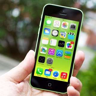 iPhone 5c (FACTORY UNLOCK)