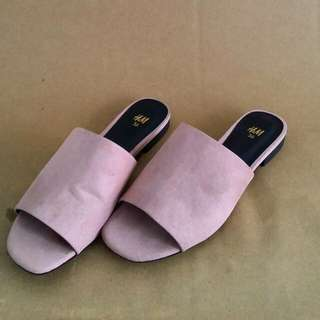 H&M Suede Mules in Baby Pink