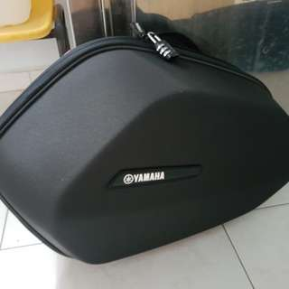YAMAHA 09 SIDE CASE