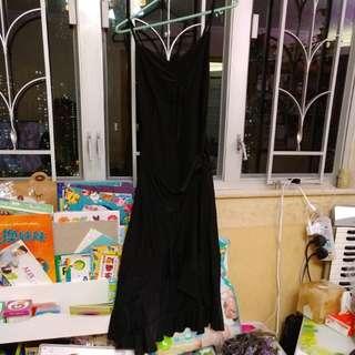 黑色吊帶長裙,暗閃,有彈性