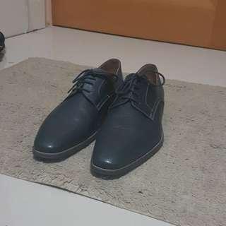 Blue Derby Dress Shoes, Mens