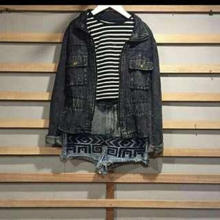 Jacket hitam jeans