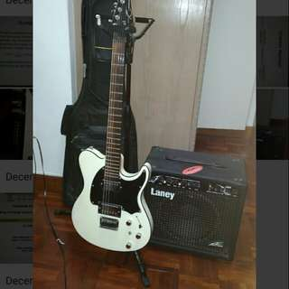 Peavey electric guitar package (+amp/bag/stand)