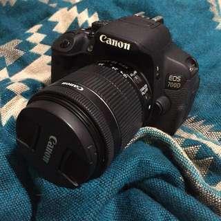 Canon 700D (單機身10000)