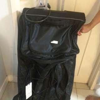 luggage bag Perry Ellis Size XL