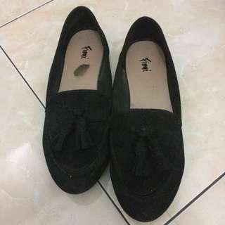 Fioni flatshoes hitam (payless)