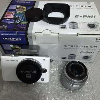 Olympus Mirrorless Camera E-PM1