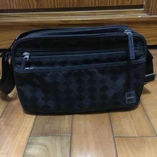 porter 側背包 正品 可放平板