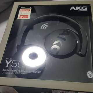 AKG V50 BNIB head phones