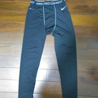 Nike 束褲