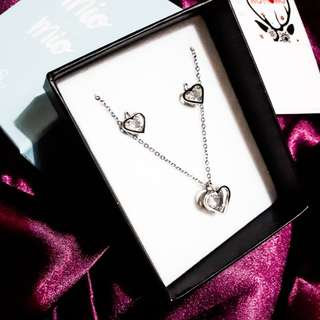 AUTHENTIC SILVERWORKS NECKLACE AND EARRINGS JEWELRY SET BUNDLE