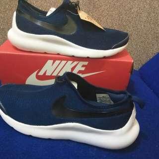Nike running original import (40,43) baru