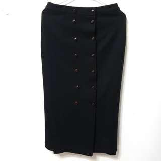 [售/換] 毛料排扣黑長裙
