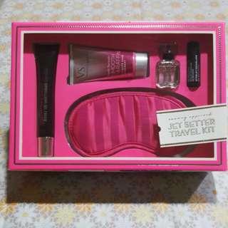 Victoria Secret 5pcs Xmas Travel Gift set