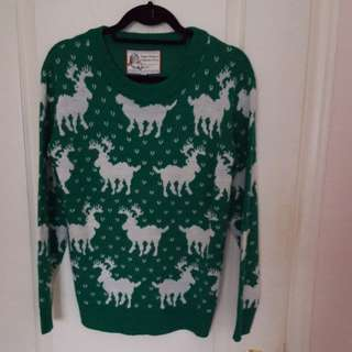 Christmas Ugly Sweater. Medium