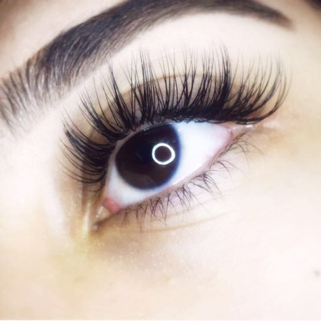 $55 Christmas Eyelash Extensions! For only a limited time!